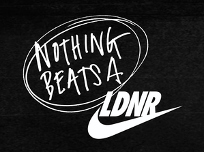 NOTHING-BEATS-A-LONDONER-Nike